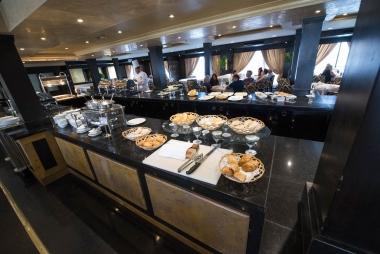 Restaurante do navio Omar El Khayam