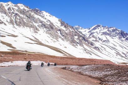 Cruzando os Andes em motos Harley Davidson