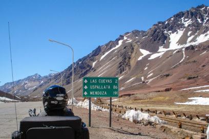 Subindo a Cordilheira dos Andes rumo a Argentina