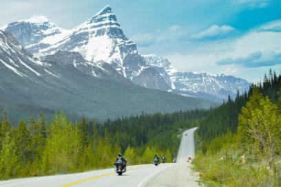 Nossas Harleys na Icefields Highway