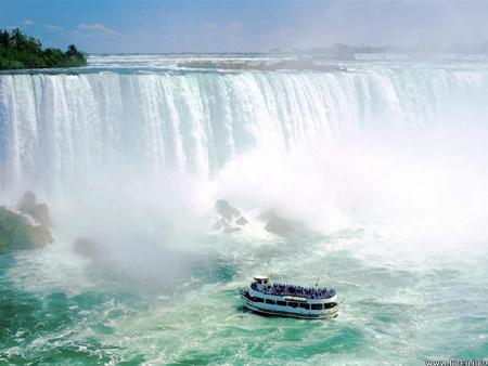 Bate e volta em Niagara Falls