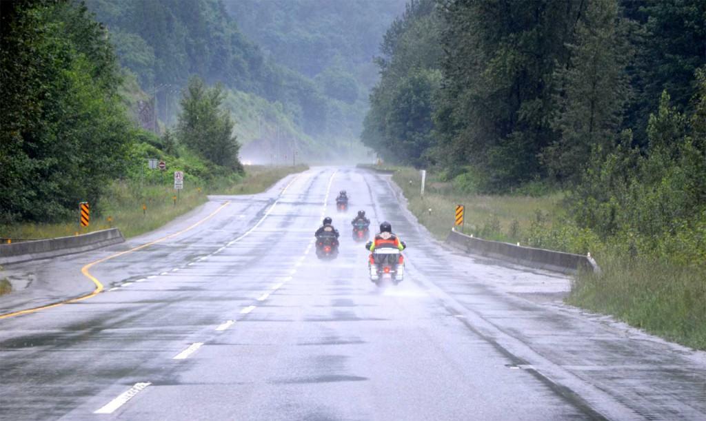 Chuva na estrada entre Merrit e Victoria