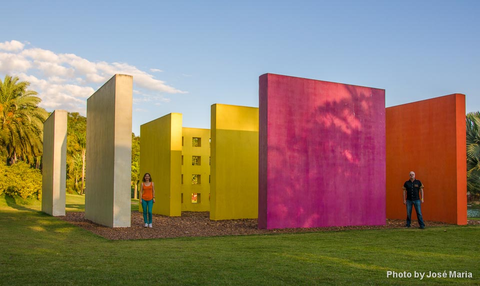 Obra do artista Hélio Oiticica no Inhotim