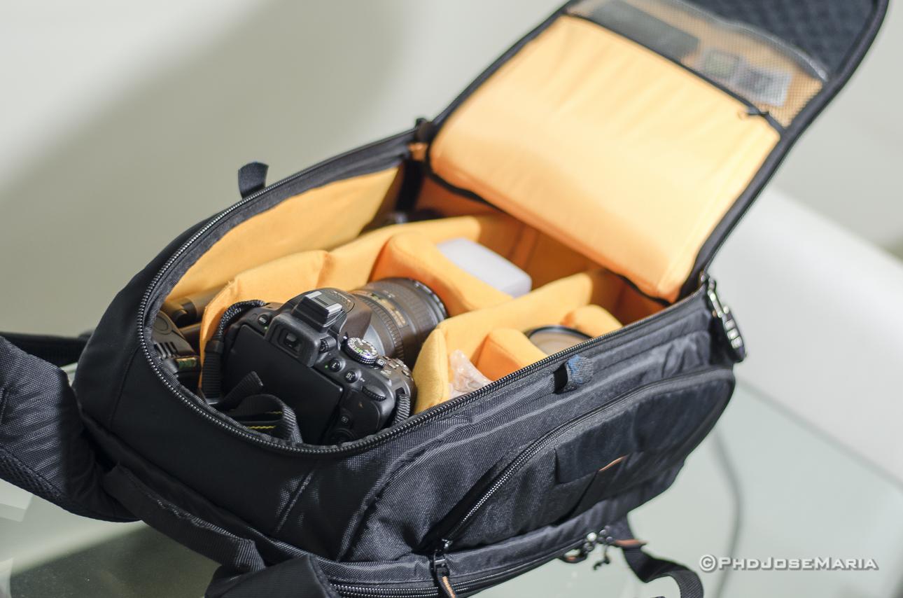 Mochila da DSLR com equipamentos